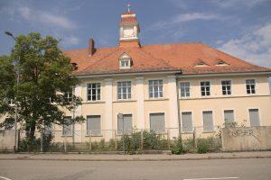 Wirtschaftsgebäude Frontansicht (Kirnacherstraße)